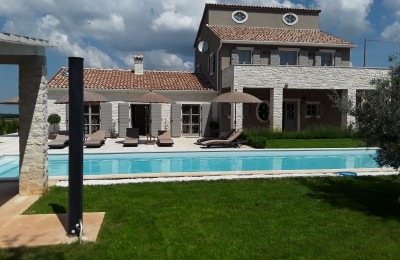 Porec 13 km - Luxury villa with pool and beautiful sea view, quiet location
