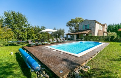 Porec 19 km, Vizinada area - stone villa with swimming pool and large garden - panoramic view